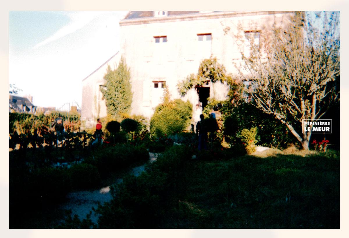 un long dimanche de fiancailles dans le jardin de pepiniers le meur locronan
